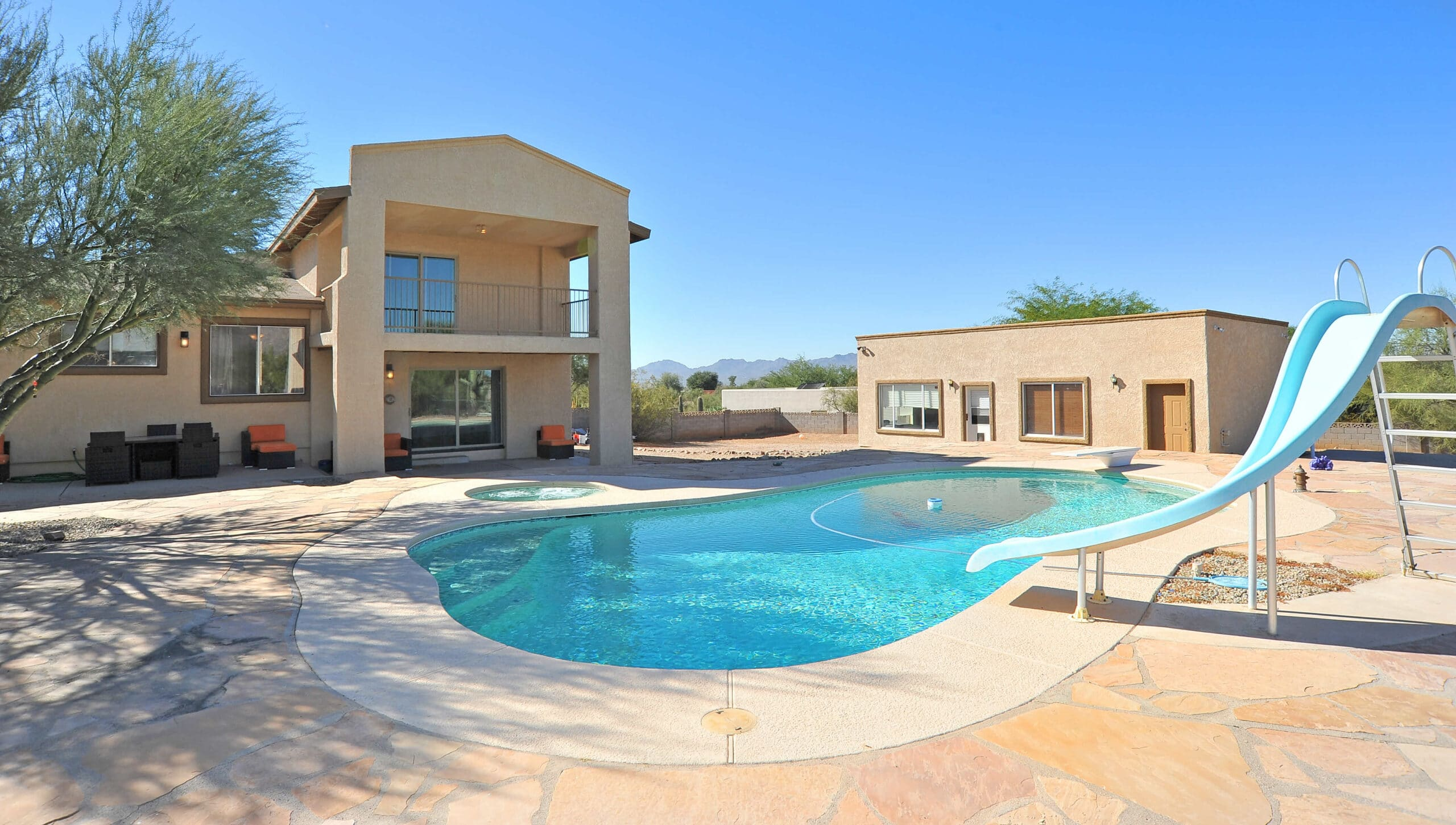 801 E Camino Alberca Tucson 85718 Foothills home with pool